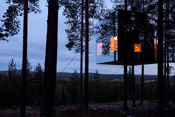 Sweden treehotel contemporary design meets nature for Mirror hotel