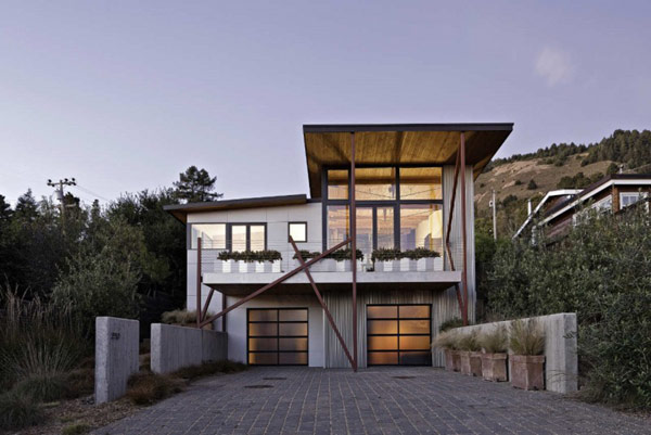 The Stinson Beach House 1 Beach Houses: Contemporary Stinson Residence Has the Ocean as Neighbor