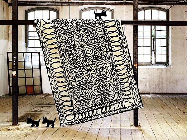 black and white rug causing seasickness Patterned Rugs Can Induce Seasickness