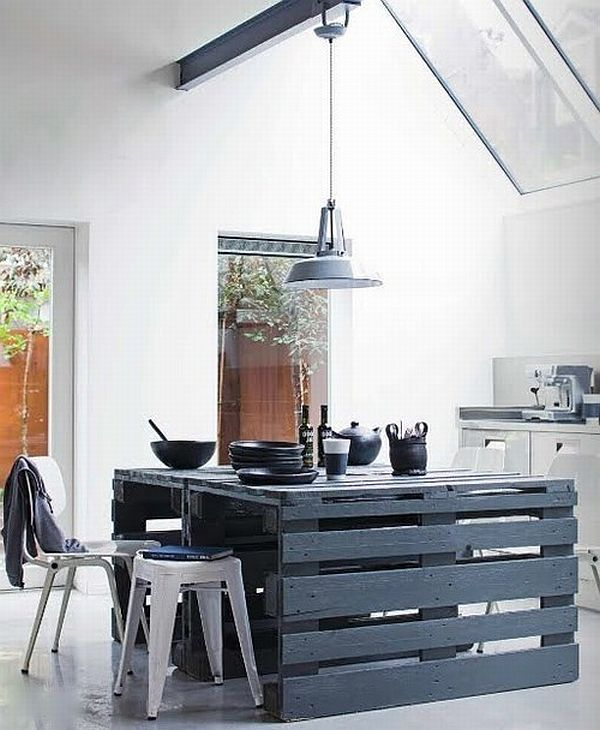 Pallet furniture recycling pallets into unique furniture - Cocinas de pellets ...