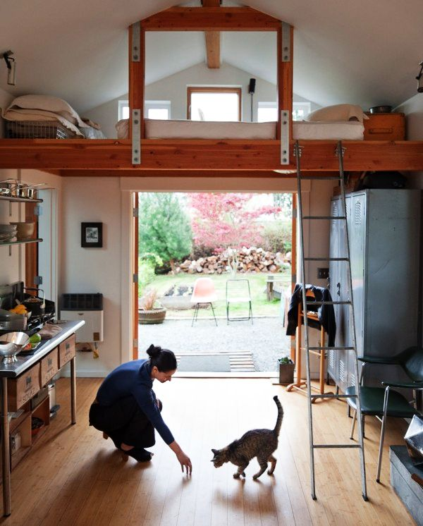Boring Garage Turned into Fancy Small Home in Seattle