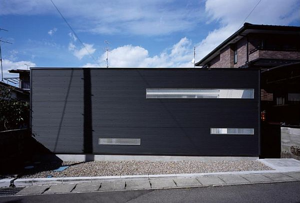 house wrapping three voids 2 Japan House Wrapping Voids Focuses More on the Privacy Aspect