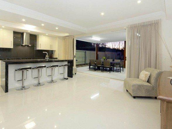 Luxury House Design Boasts Modern Environment
