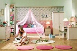 teen girls room floral