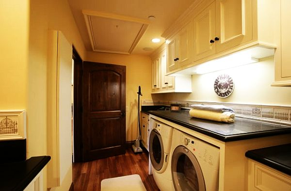 View In Gallery Tuscan Villa Laundry Room