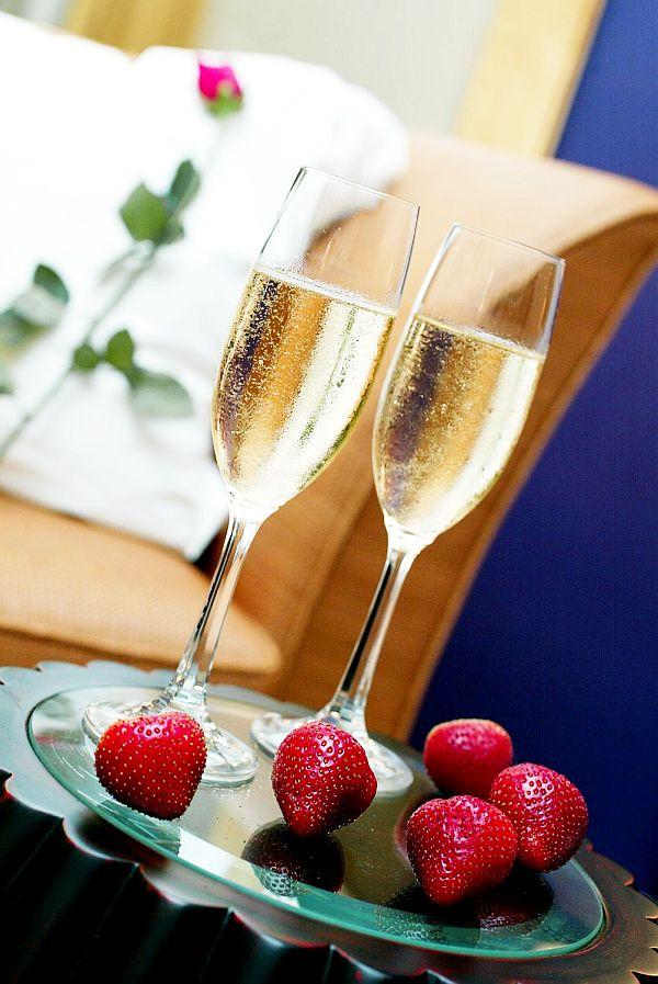 valentines-day-champagne