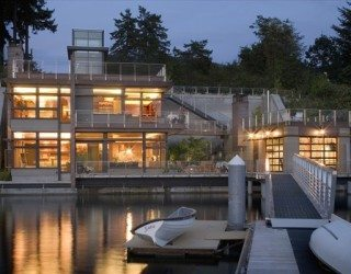 Cliff House Adds Charm to Gig Harbor