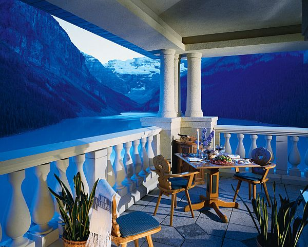 Lookout From The Top Resorts With Breathtaking And Exotic Views