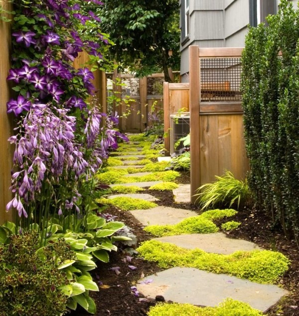 20 Ways To Spiff Up Your Backyard For Spring: Garden Footpath