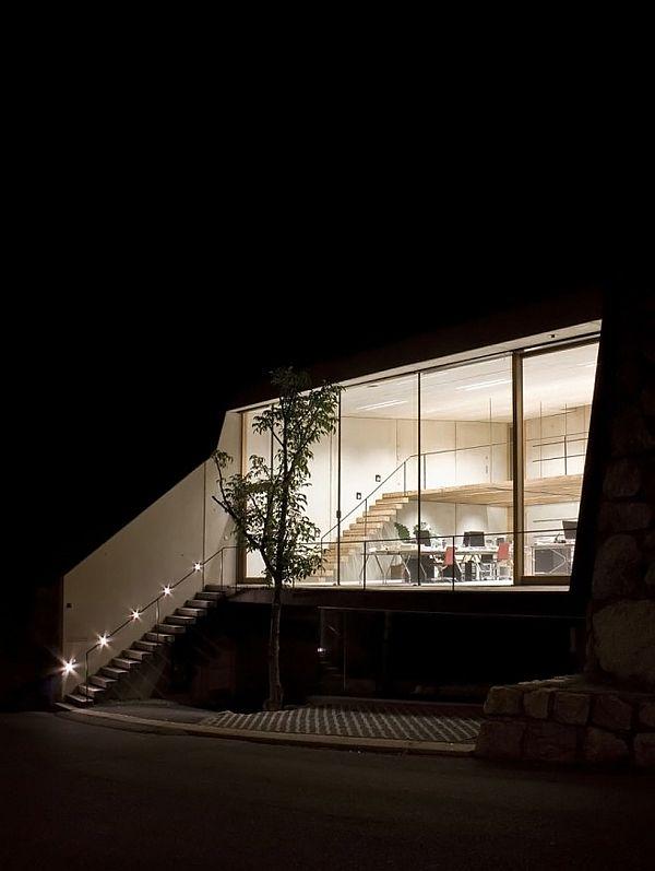 Innsbruck Atelier – Office Under the Garden 10