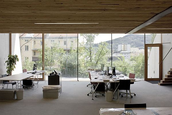 Innsbruck Atelier – Office Under the Garden 5
