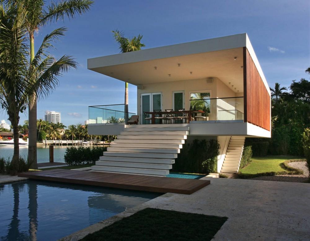 La Gorce Residence in Miami exterior view