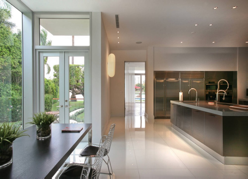 La Gorce Residence in Miami luxury kitchen