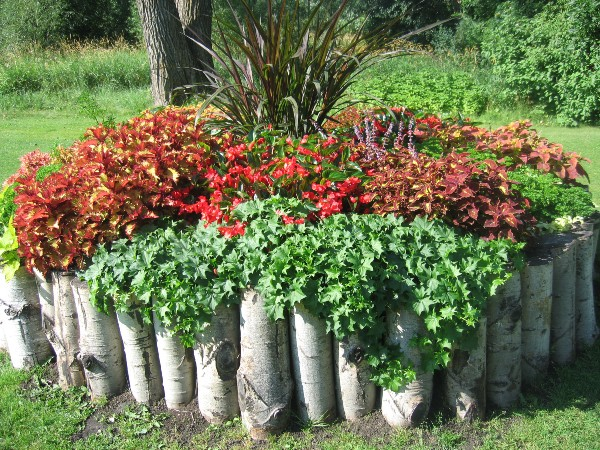 30 unique garden design ideas for Garden flower bed design ideas