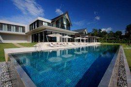 Stunning Beach Residence in Phuket, Thailand