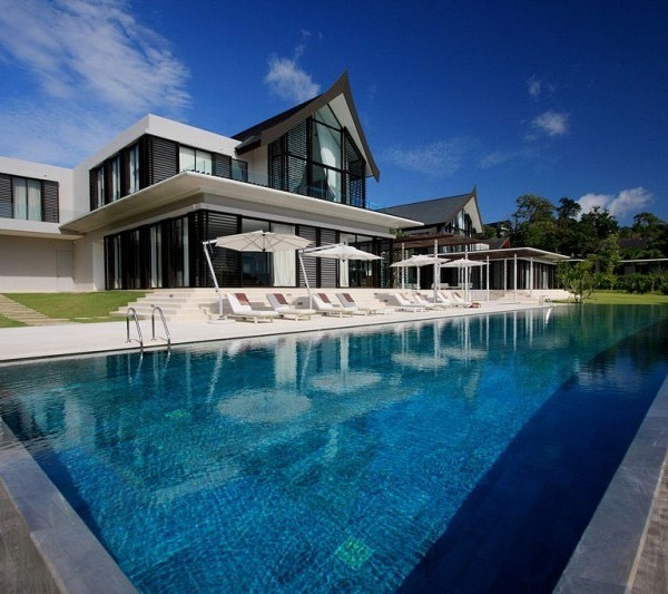 Luxurious Phuket Villa with great pool view