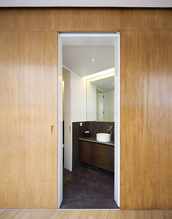 Mop House – bathroom design with wooden walls
