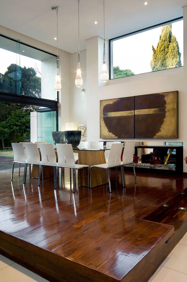 Moss-Oaklands-Residence-contemporary-dining-table