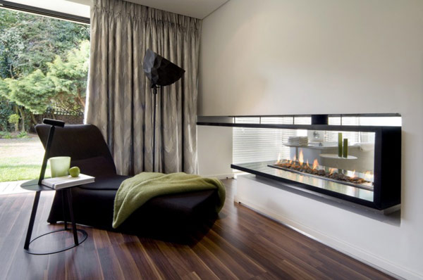 Moss-Oaklands-Residence-ultra-modern-living-area-with-fireplace