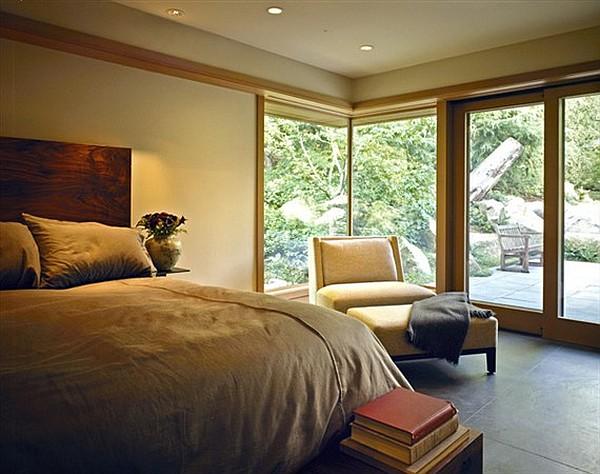 Northwest-Family-Retreat-large-bedroom-design