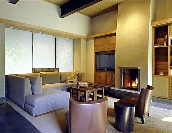 Northwest-Family-Retreat-living-room-with-fireplace