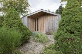 Modern Garden Shed in the Netherlands: Poplar Garden House