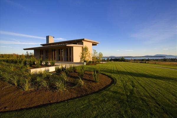 Semiahmoo Horizon Houses green landscape
