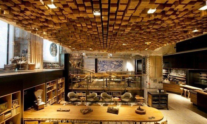 Starbucks Coffee Lab for a Warm Treat in Amsterdam Center