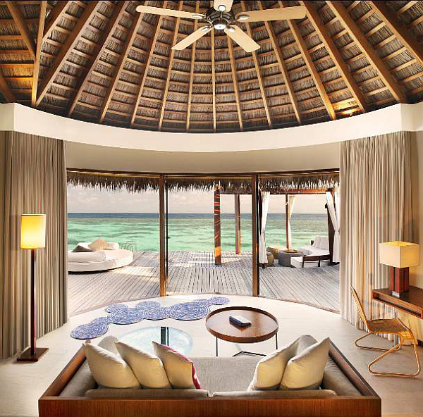 W-Retreat-and-Spa-in-Maldives-bedroo-with-amazing-ocean-views