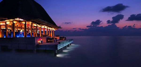 W Retreat and Spa in Maldives restaurant