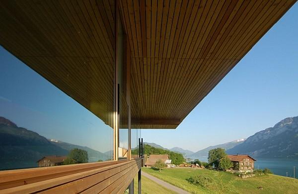 Wohnhaus Am Walensee Swiss House wooden windows