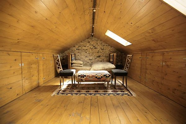 32 attic bedroom design ideas - Attic bedroom design ideas with wooden flooring ...