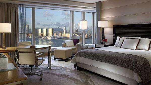 bedroom apartment overlooking the city skyline