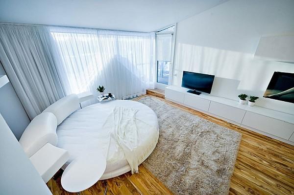 colorful-loft-apartment-ultra-modern-bedroom