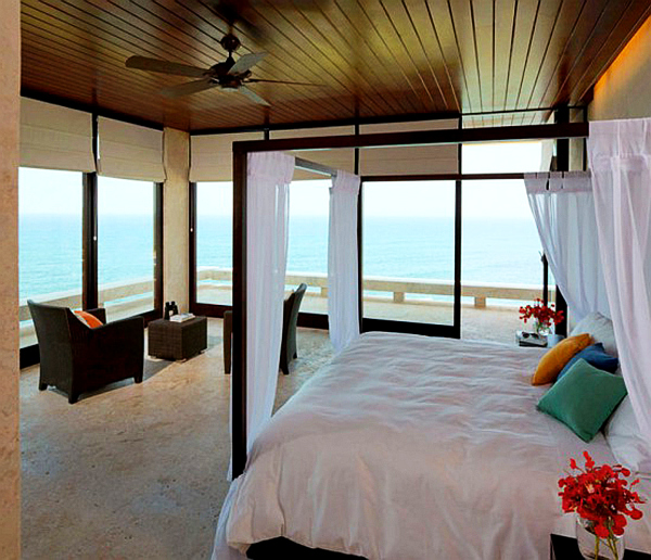 Beach bedroom decor ideas photograph cozy beach house bedr for Seaside home decor ideas