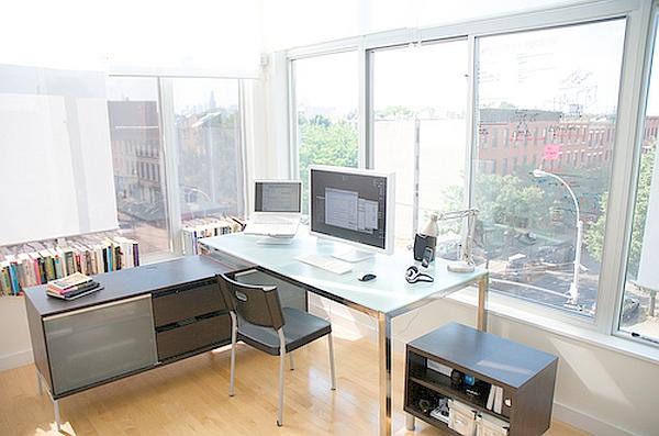 Home office design decoist for Cozy home office design ideas