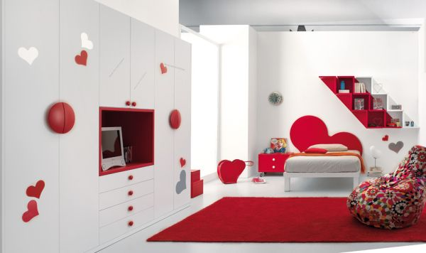 red-bedroom-decorating-for-teenage-kids