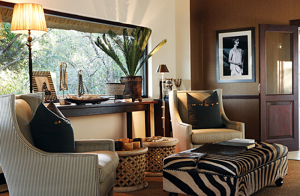 Decorating with a safari theme 16 wild ideas for Jungle living room ideas