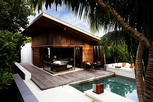 Beach house decorating ideas for Wooden hotel design