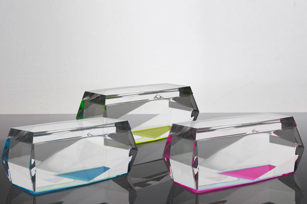 magic design of alexandra von furstenberg s acrylic furniture