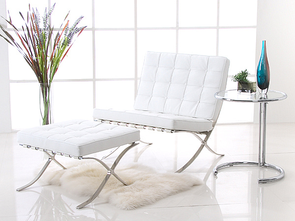 Barcelona Chair and Ottoman.png Decorating With Chrome Furniture