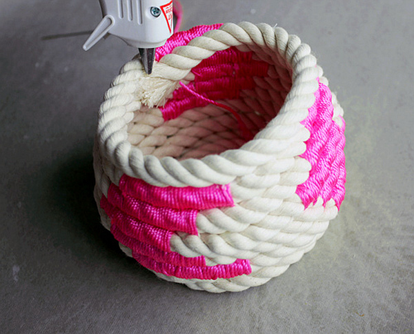 DIY-Coiled-Rope-Basket-12