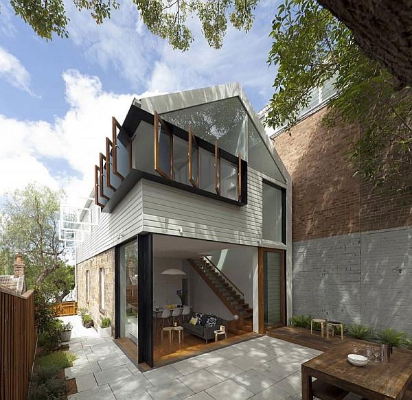 Elliott-Ripper-House-1-outside-view