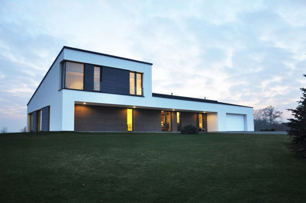 House in Jozefow 1 Poland Residence Built for Architecture Loving Couple