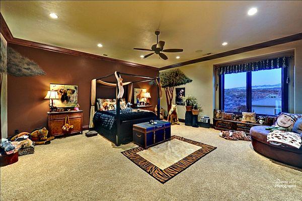 Luxury Home Washington – Tuscan Villa 14 – stylish bedroom decor