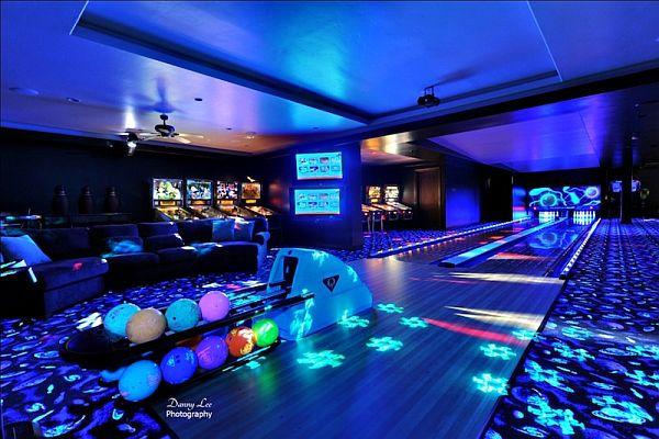 Luxury Home Washington – Tuscan Villa 4 – bowling alleys
