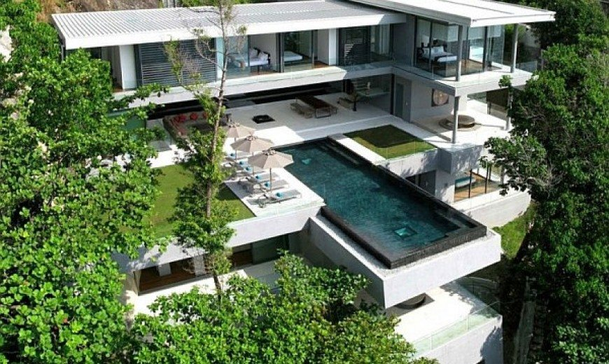 Villa Amanzi in Phuket Treats With Luxury, Awesome Scenery & Sea Views