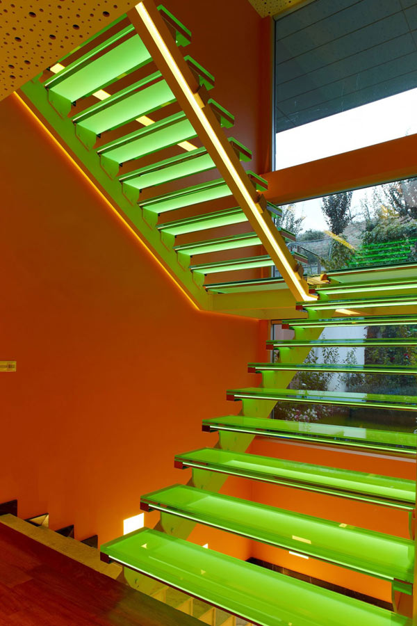 Orange House in Turkey – green staircase