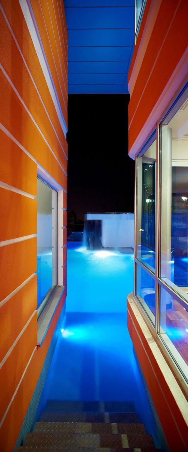 Orange House in Turkey – outdoor