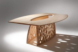 Beautiful Coastal-Inspired SALCOMBE Table